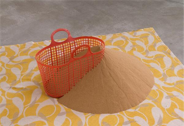 1445_Drora Dominey, Sand More Sand, 2010, Cloth, plastic, sand, 200x180x40 cm (2)-600x410