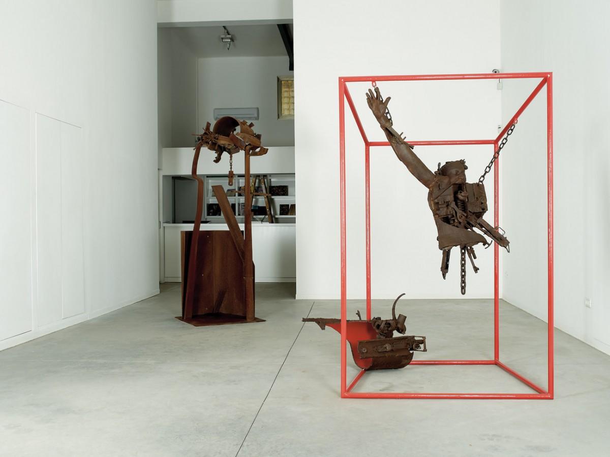 2 Exhibition View (2)