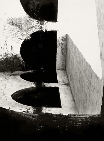 1083_Rami Maymon, Untitled (Black 3), 2014, inkjet print on archival paper, 162x120 cm-443x600