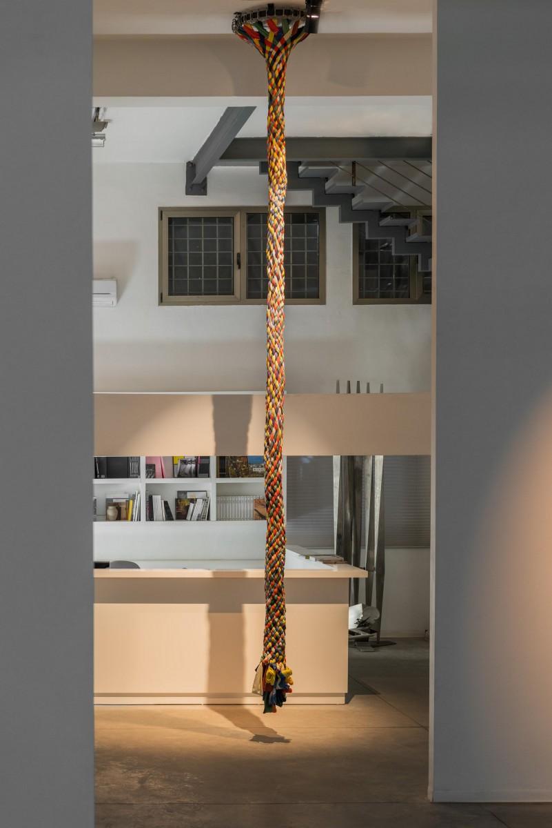 Sigalit Landau, Umbilical Chord, 2015, textile ribbons ,470cm (h) (2)